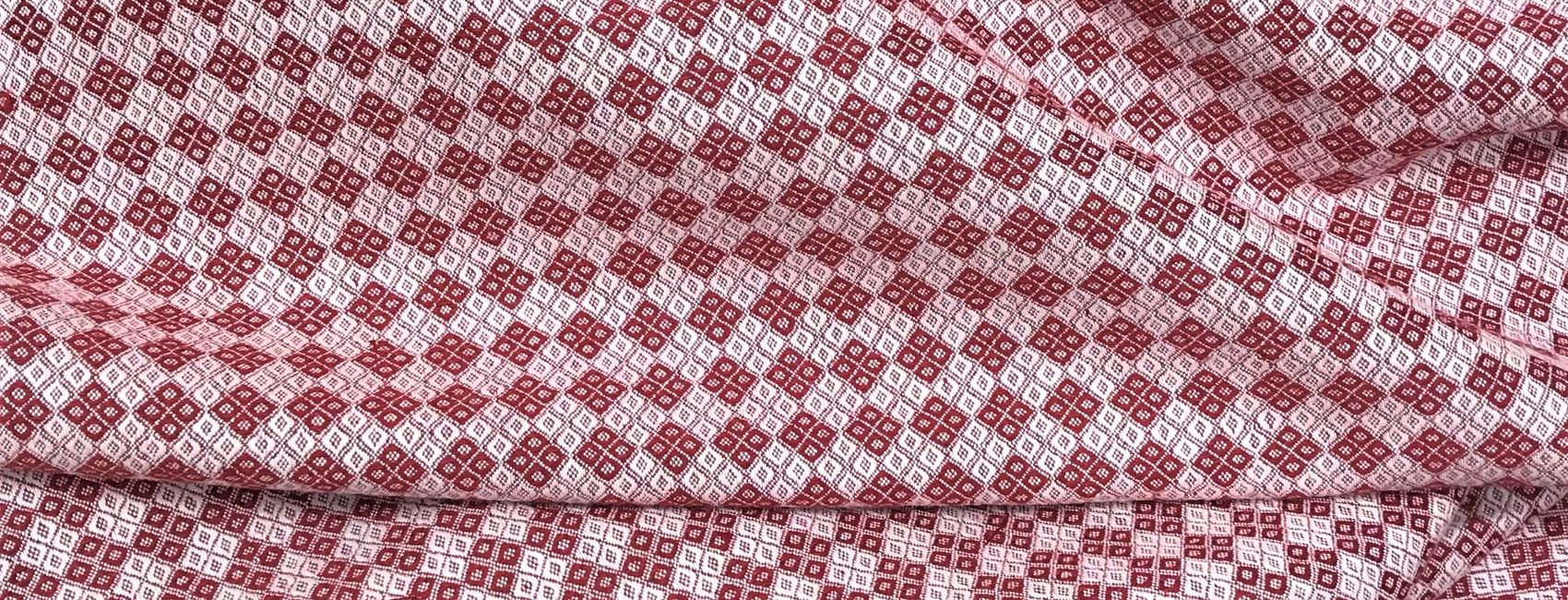 295 - Semi linen with diamond pattern