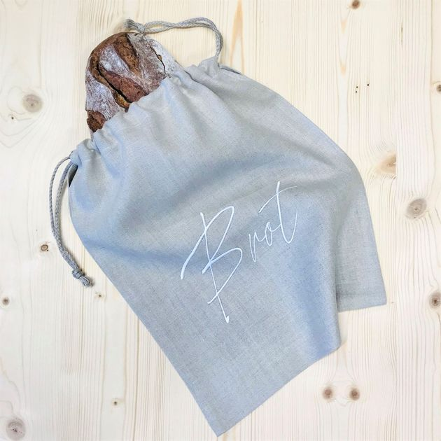 Linen bread bag with embroidery