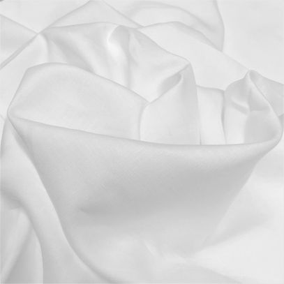 271 - White and soft linen
