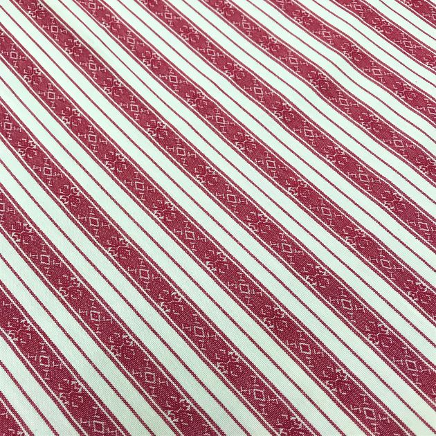 120 - Traditional stripes burgundy